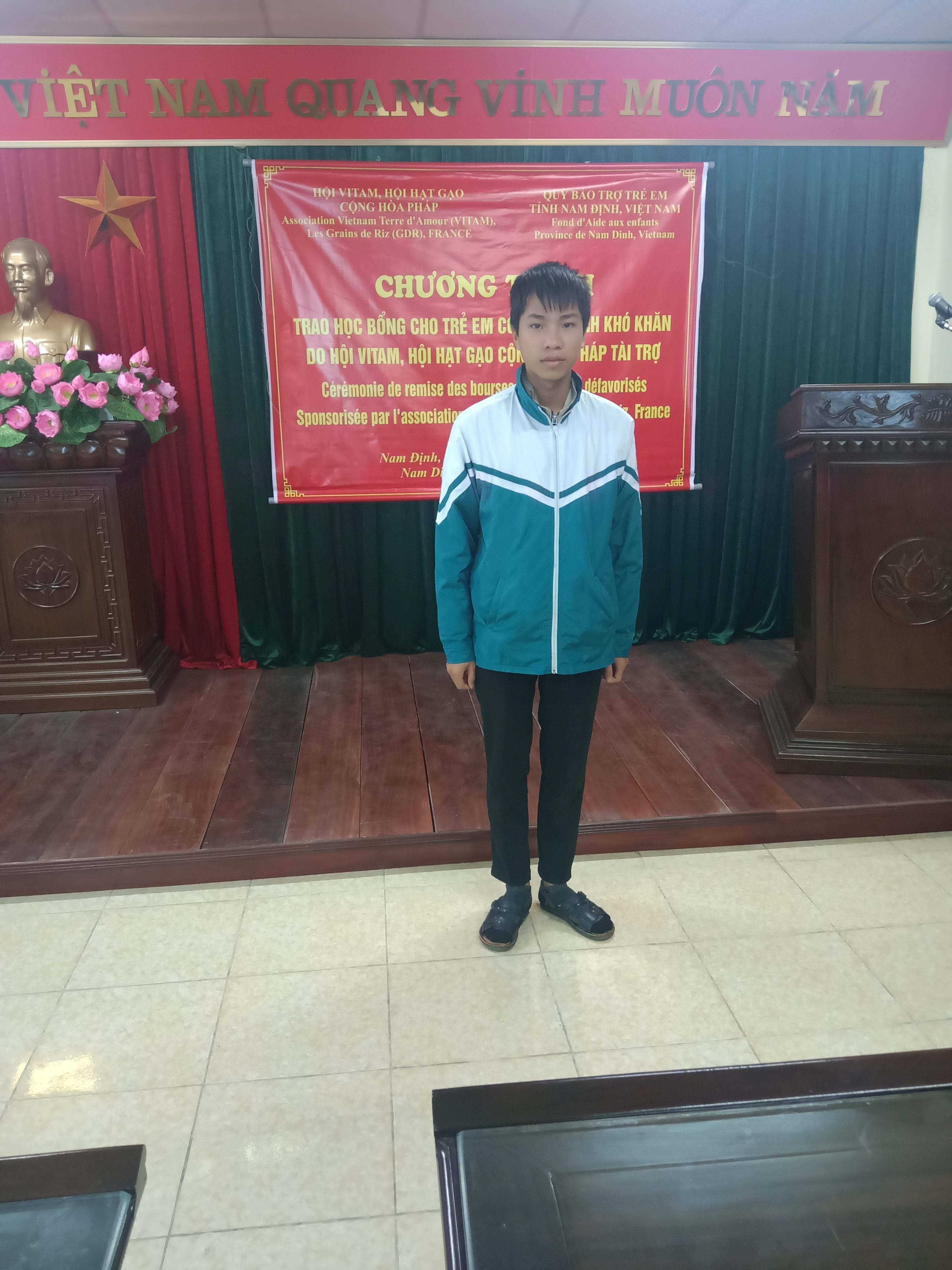 AUBERT-Claude_Nguyễn-Thanh-Tùng