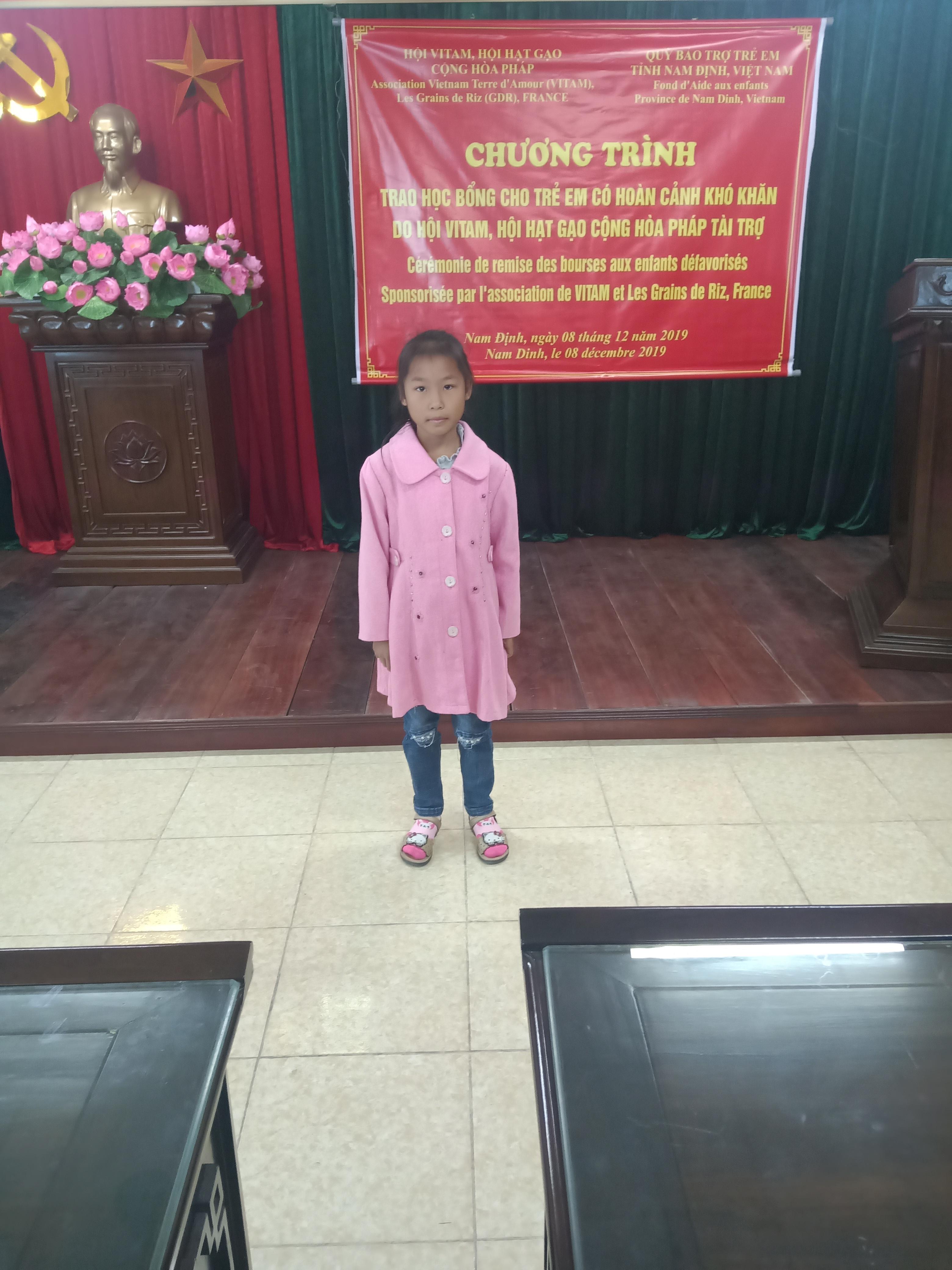 PENY-Julie_Nguyễn-Ánh-Tuyết